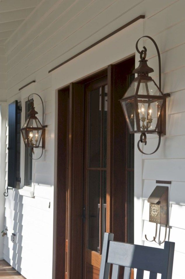 50 Traditional Wall Outdoor Lighting to Makes Your Home Get Vintage Touch