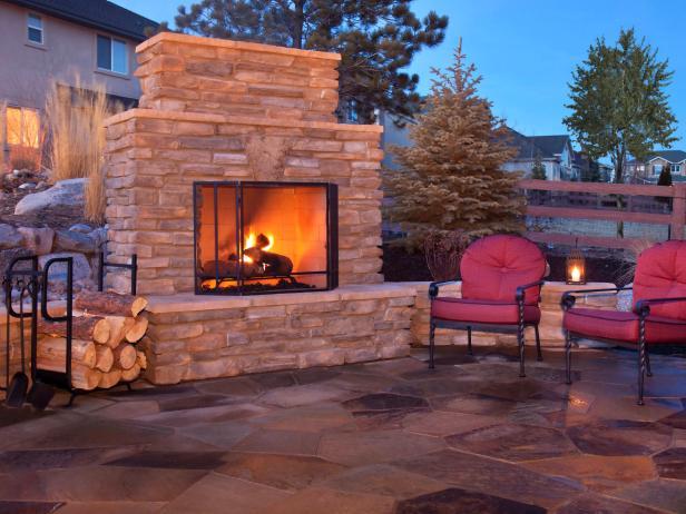 Ways to have a good backyard fireplace