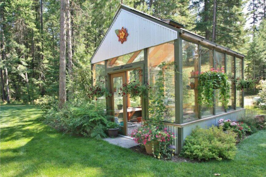 Set up Backyard Greenhouses to grow vegetables