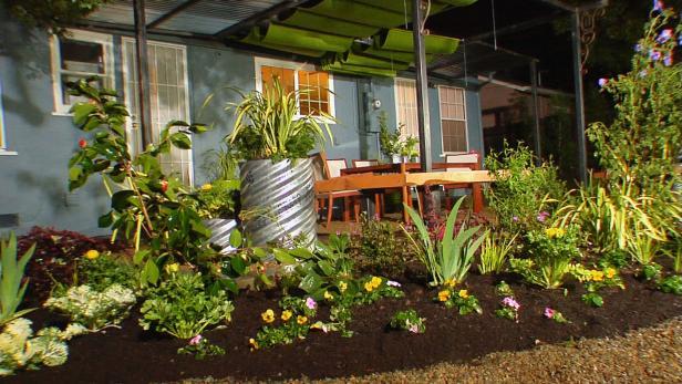 backyard landscaping dycr304h_byl-5-backyard-flower-beds_s4x3 HAAYCNH