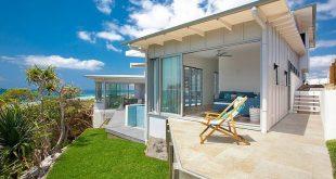 beach house designs collect this idea blue dog beach house by aboda design group TKEDINM