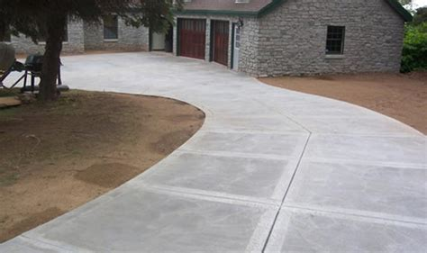 concrete paving create pathways for your landscape design by using UYSXGIT
