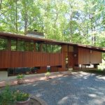 THE COMPLETE GUIDE TO A Deck House