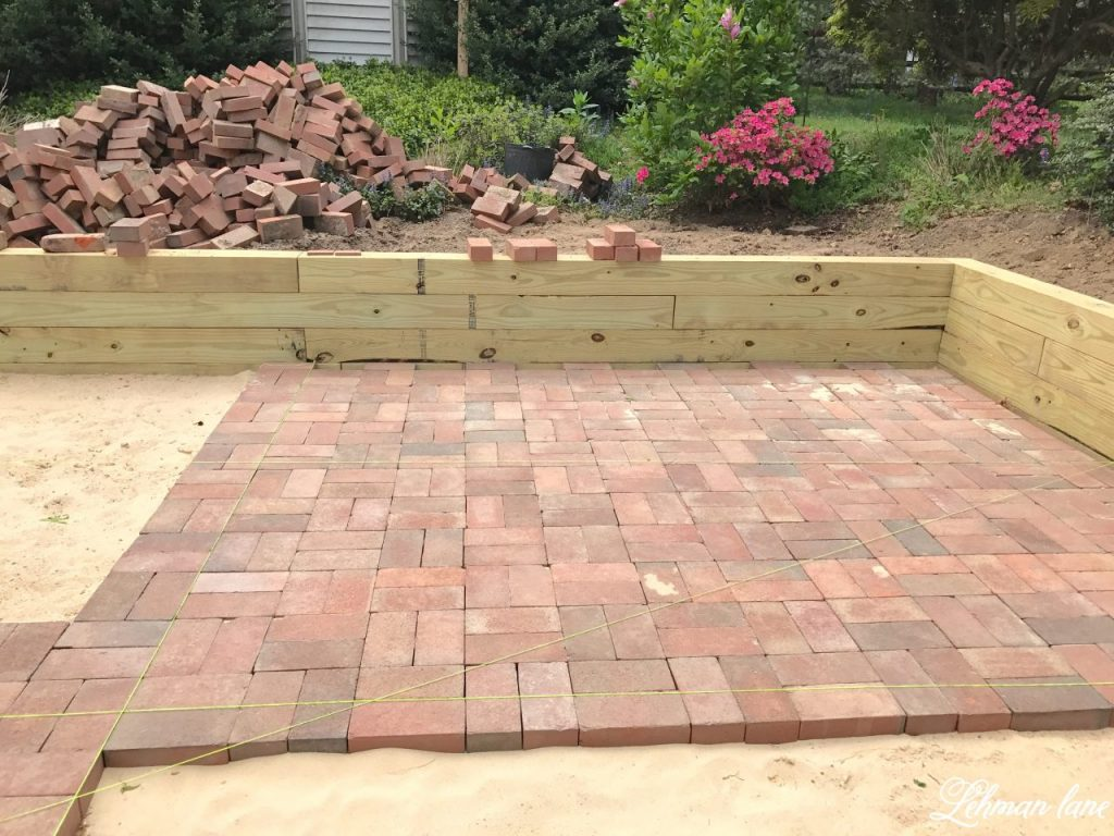 diy brick patio - laying brick patio AUTNVEI