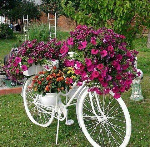 diy garden ideas white bicycle planter...these are the best garden u0026 diy yard ideas! WRTNKLB