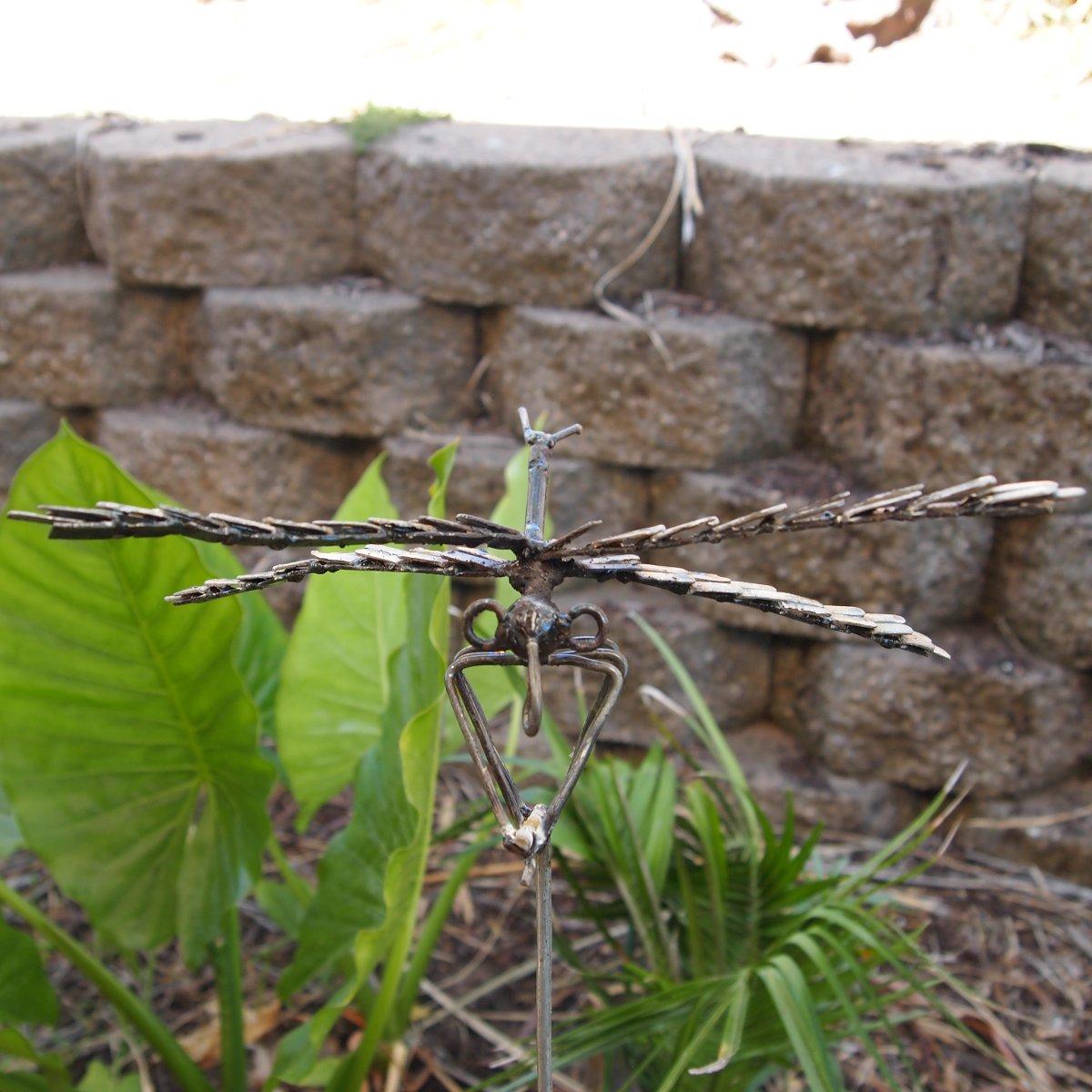 dragonfly on rod metal garden art garden zoo NOIICCZ