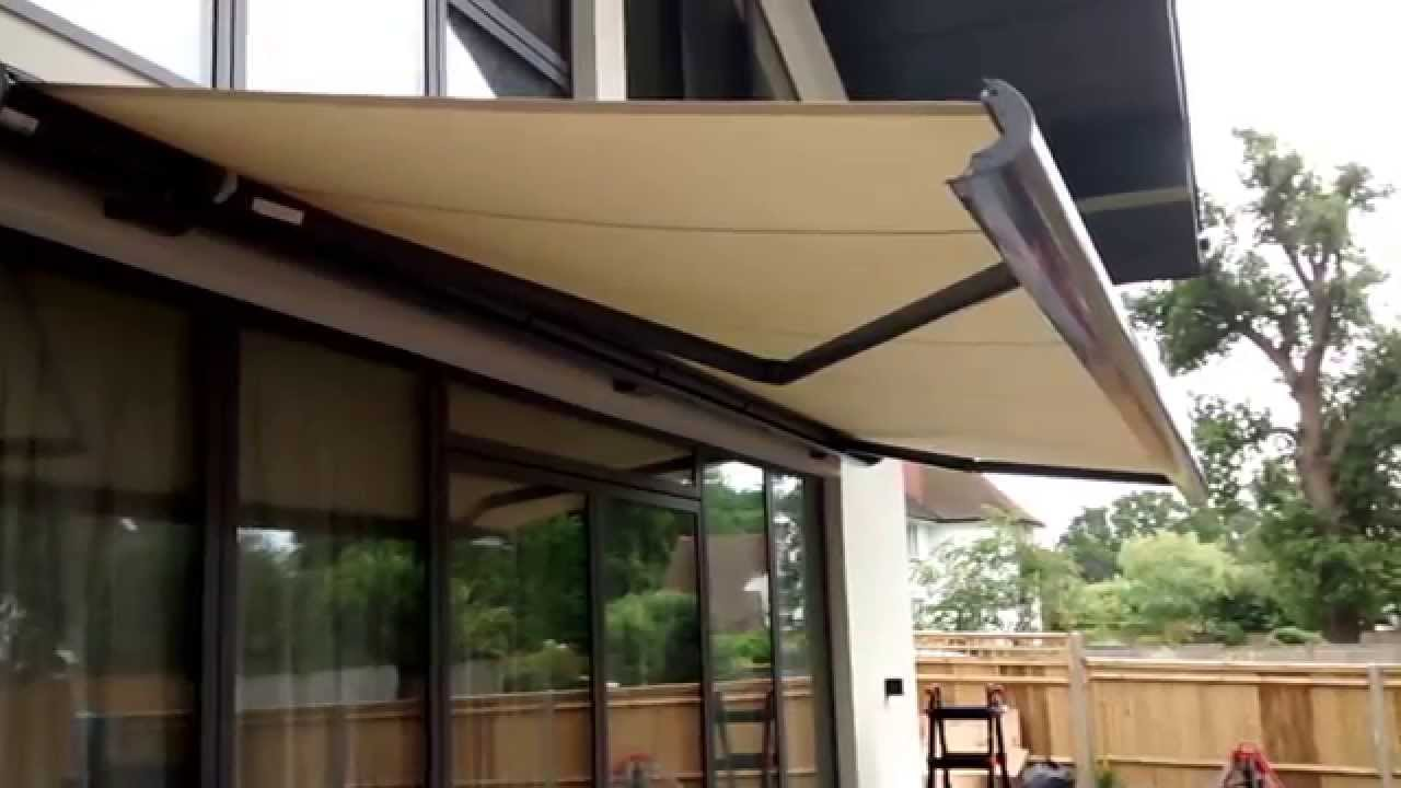 electric awnings electric awning   premier blinds u0026 awnings 01372 377 112 OQHDLNM
