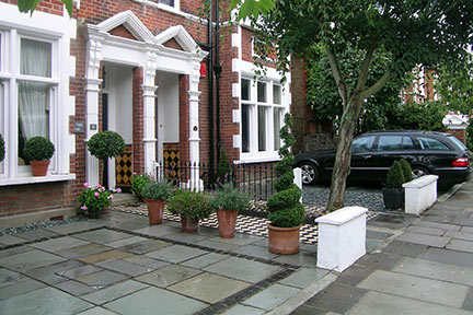 front garden design this represents good design, but the plants have still lost out. the DOXRVBY