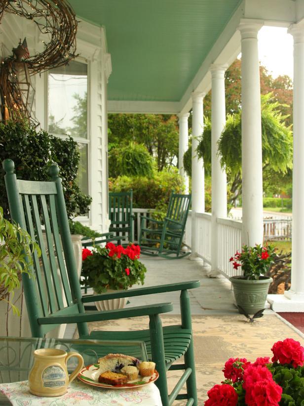 front porch decor small, yet stylish ETZIAJQ