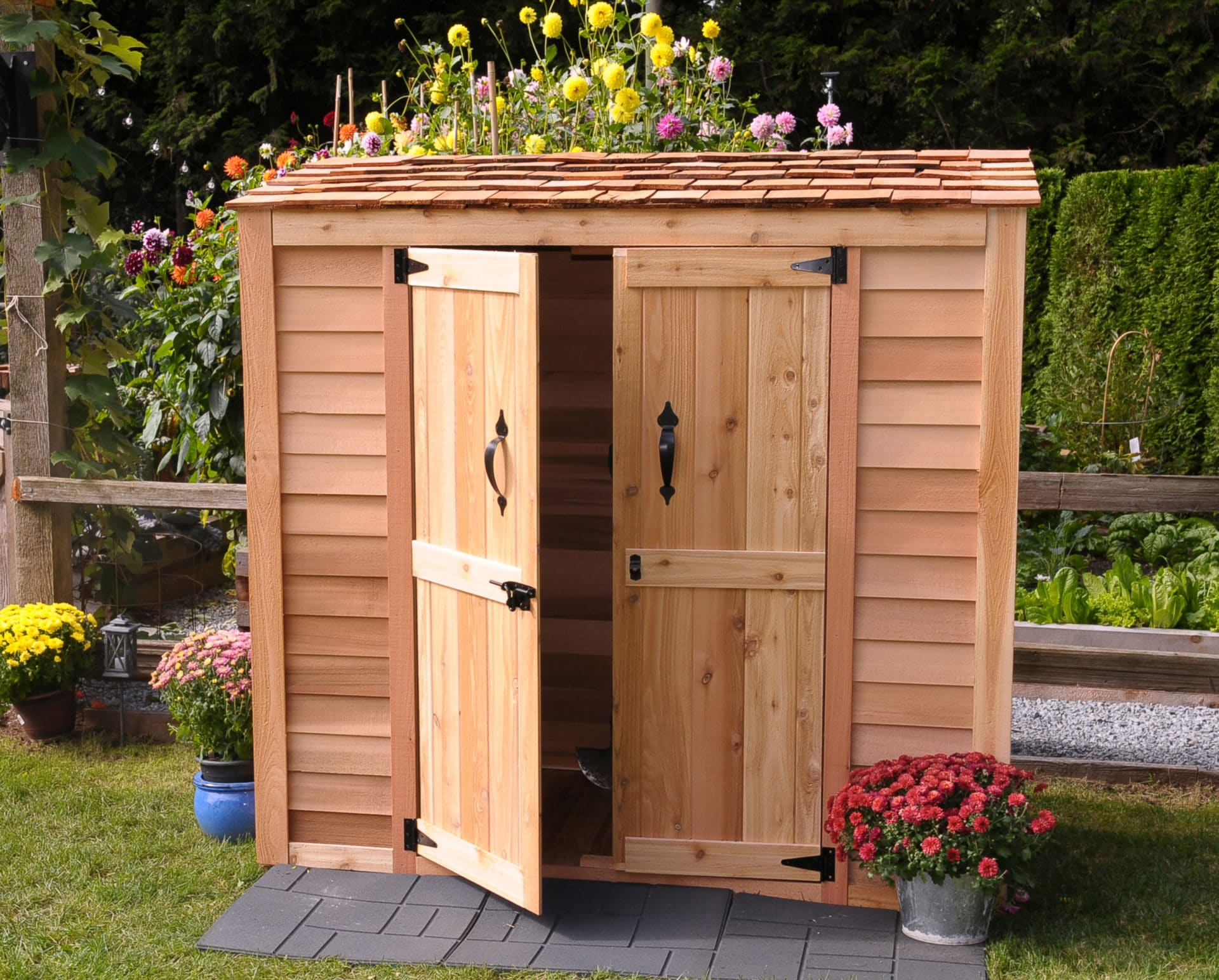 Now you too can buy the Best Garden Storage Boxes