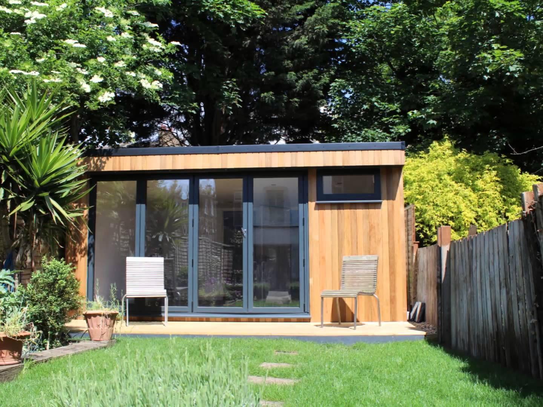 garden studio with bathroom built in west london WDRLWUT