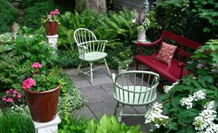 gardening ideas small garden, big interest eric sternfels (homeowner) philadelphia, pa.  small garden IMBMKSJ