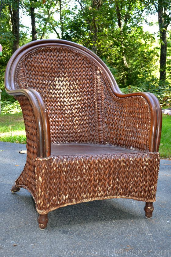 how to paint wicker furniture with a brush1 UTYVYVY