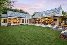 metal building homes glorious modern metal famrhouse in dallas, texas (12 pictures) | metal- building WHYFKNI