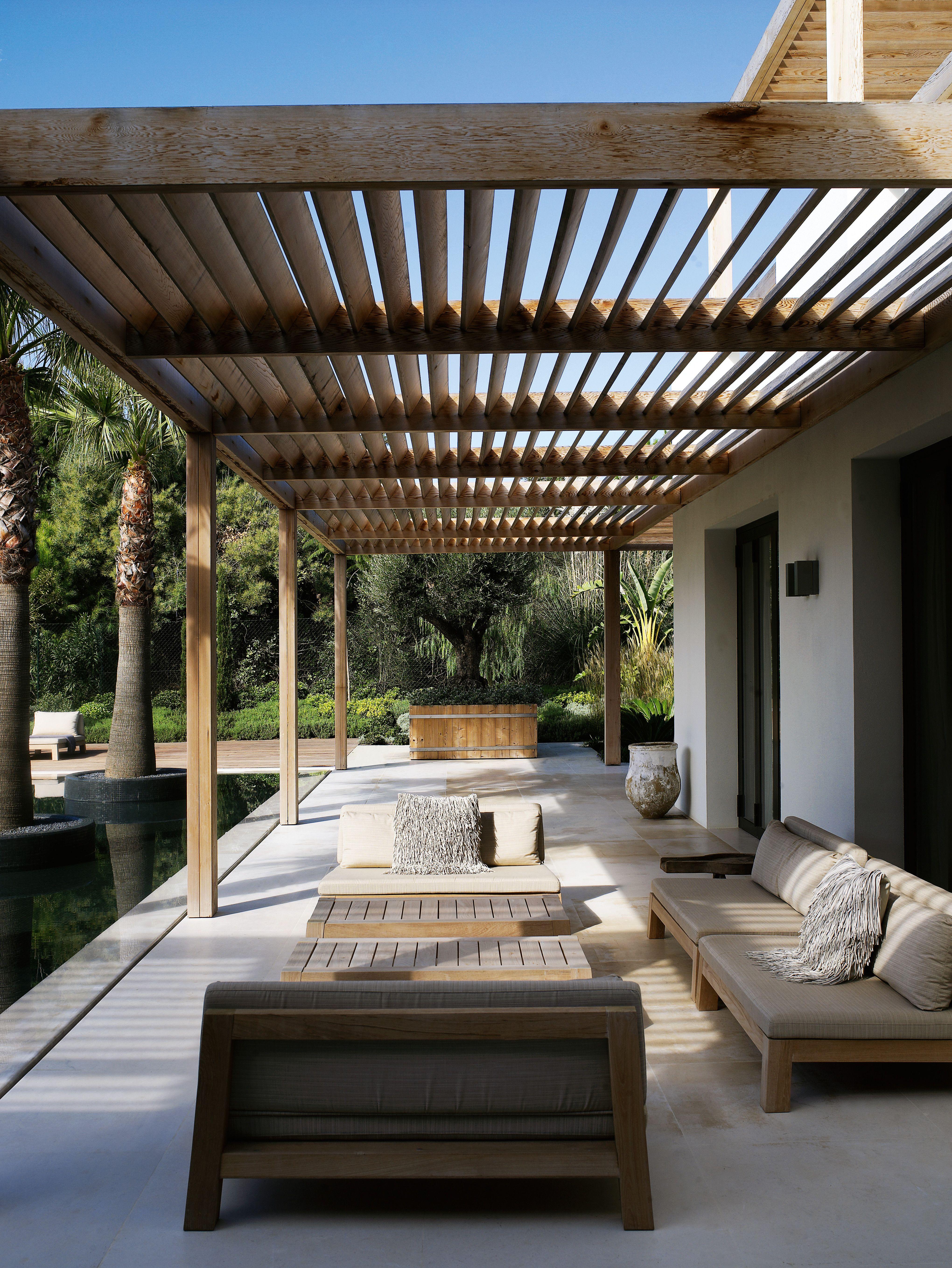 modern pergola going to make this when we renovate - modern terras - hout UURMETM