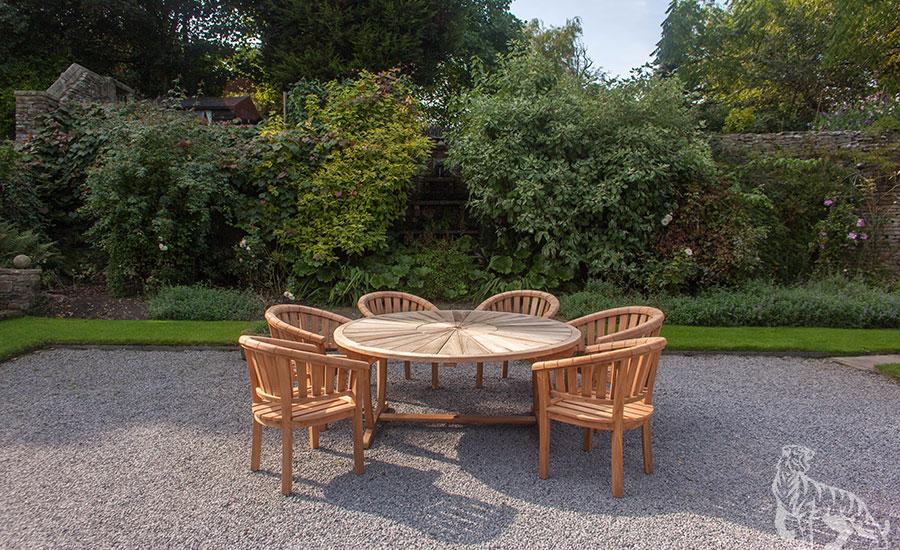 outdoor garden furniture 2499.95 NAUYGIT