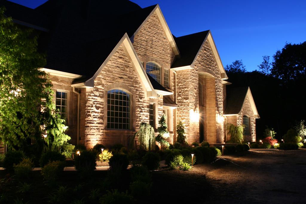 outdoor landscape lighting landscape-lighting-installation ECQCFDV