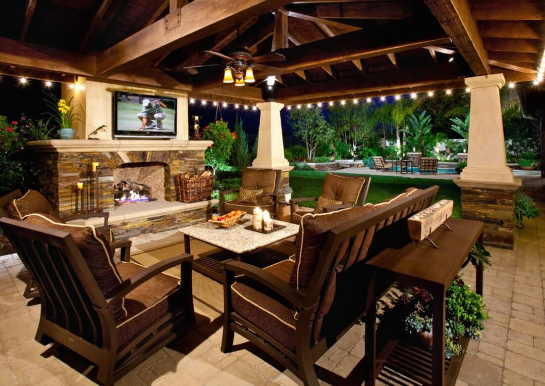 outdoor living ideas outdoor living spaces tv on wall ERYGKKQ