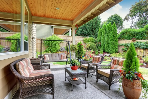 patio decorating ideas diy tips to decorate your patio on a budget RLHEWRR