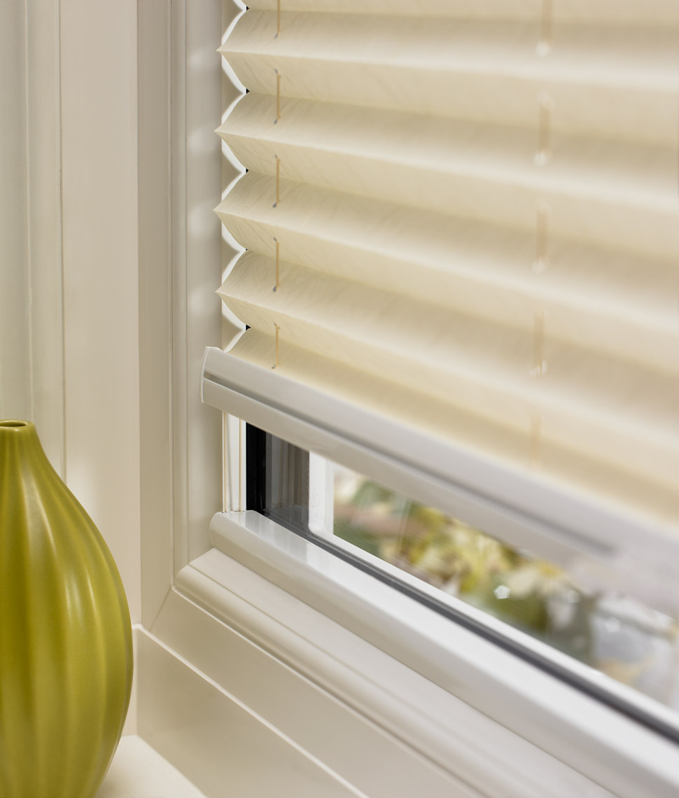 pleated blinds ZCGJVBO