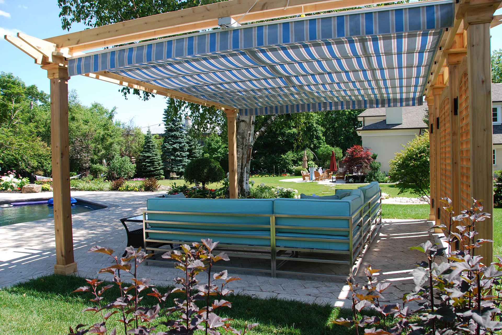 retractable pergola canopy in oakville   shadefx canopies FSQJWAW