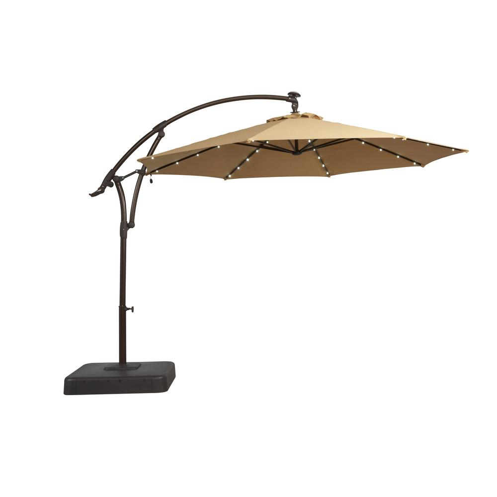 Offset Patio Umbrella for Shade from Sun