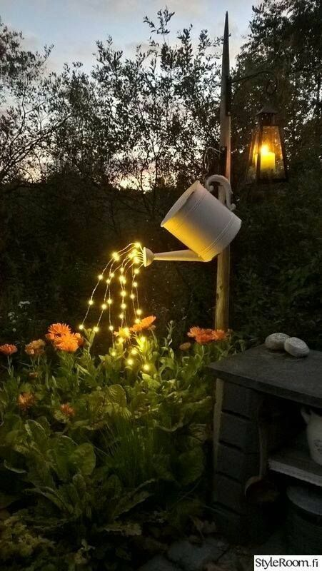 solar powered patio lanterns outdoor lighting this is such a cute idea UMZHYDU