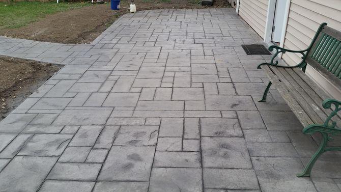 stamped concrete vs pavers ZXDRAQJ