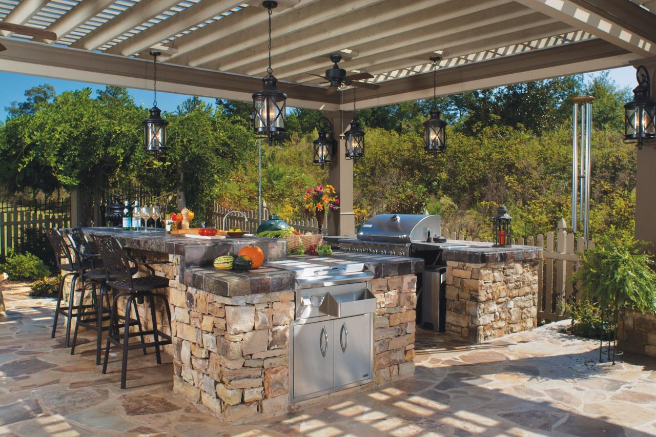 stone outdoor kitchen LMOLVQI