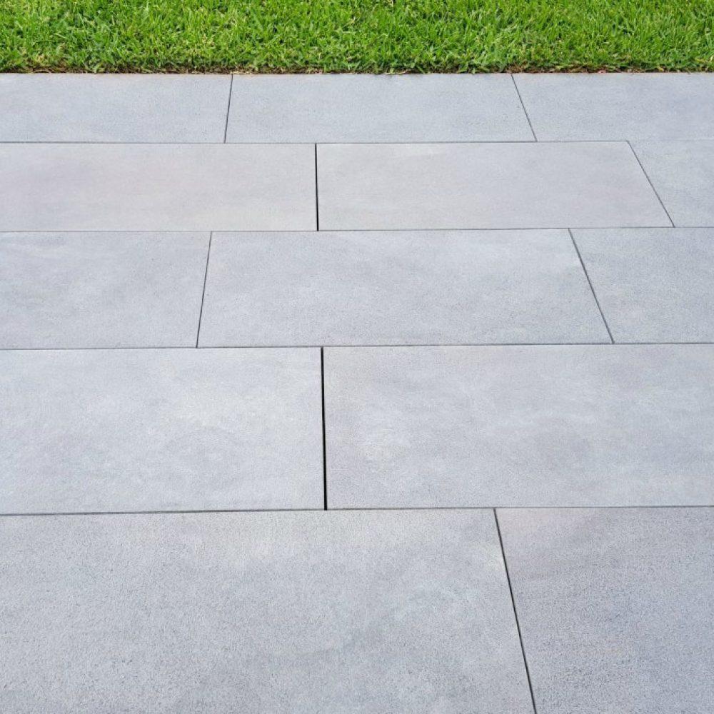 stoneblue bluestone pavers sawn finish 30mm JBDORSR