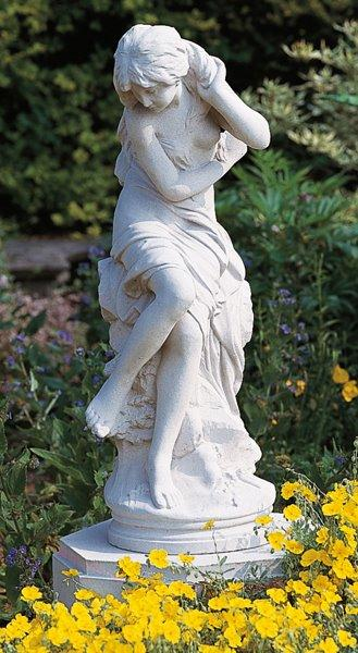 venus stone garden statue, stonework from brights of nettlebed OLLETJQ