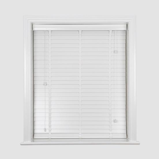 Wood venetian blinds for Beauty