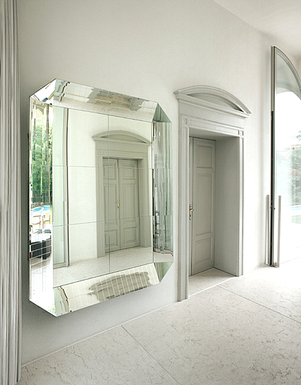 20 Fabulous Wall Mirrors