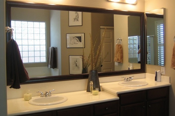 How to Use Bathroom Mirrors When Decorating Your Home - Doors By
