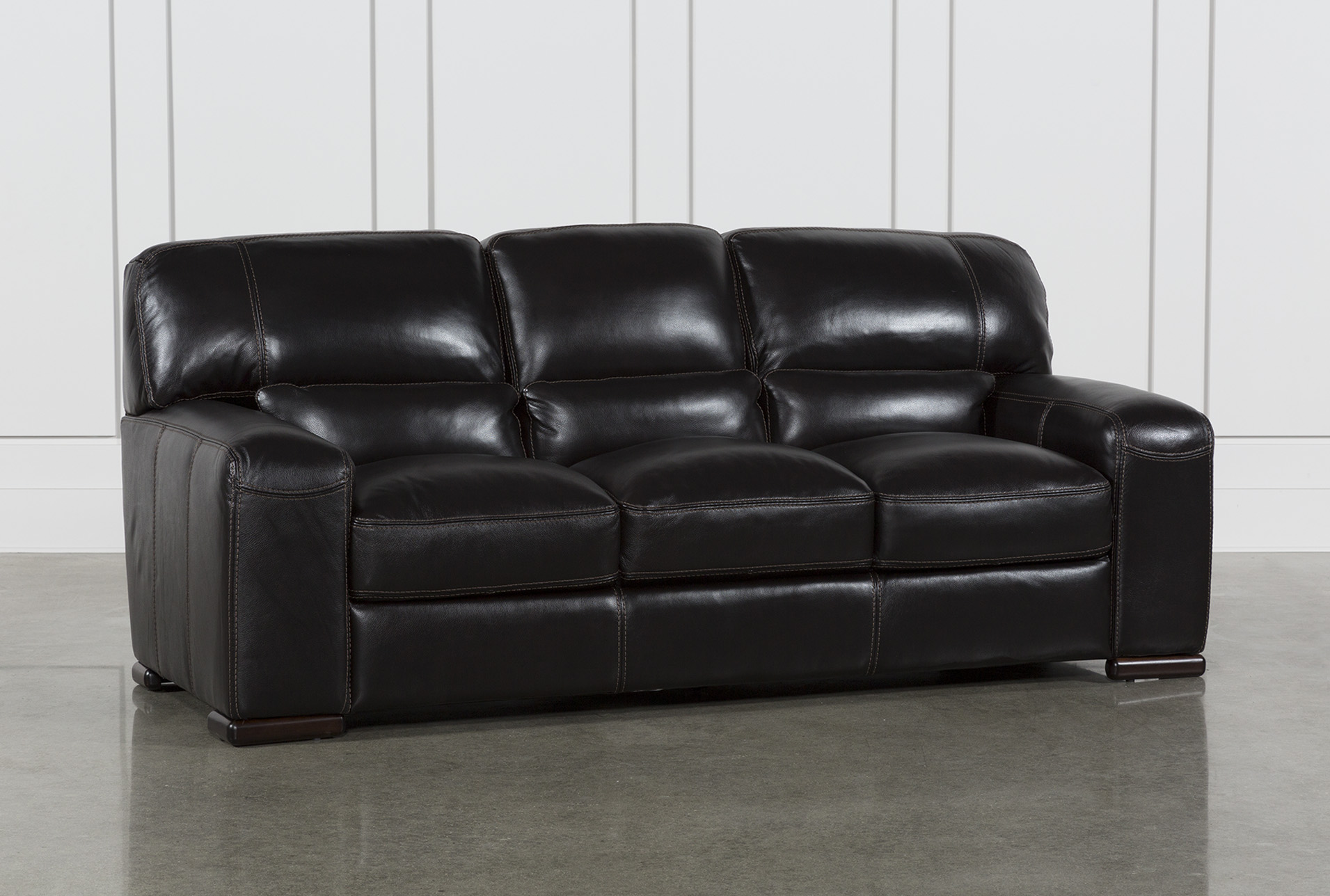 How Can You Choose the Perfect   Black Leather Sofa