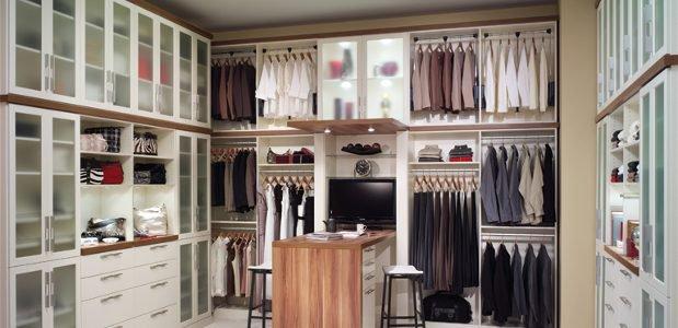 Organize Your Closet, Organize Your Life | Closet Organization Tips