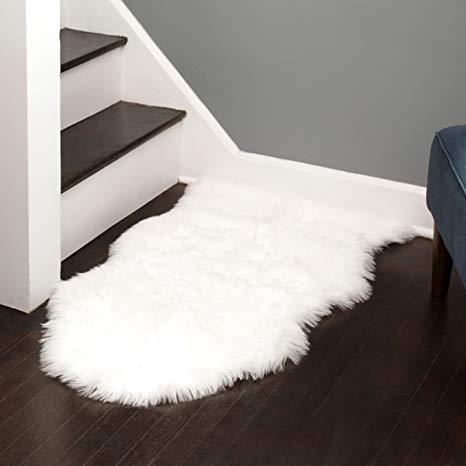 Amazon.com: Silky Super Soft White Faux (Fake) Sheepskin Shag Rug