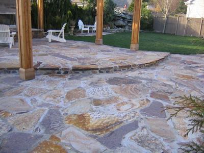 Guide to Building a Flagstone Patio | Landscape & Garden