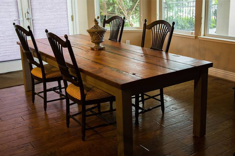 How You Can Furnish Your Home   with Homey Friendly Country Furniture