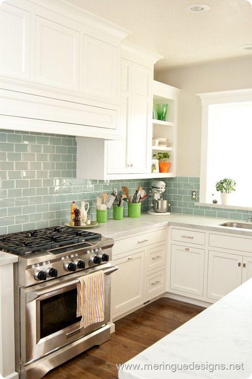 Best 15+ Kitchen Backsplash Tile Ideas | Kitchen | Glass subway tile