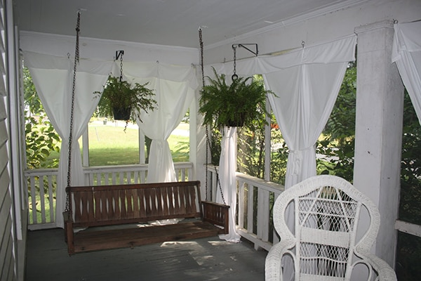 Three Considerations When Selecting Outdoor Curtains - Blindsgalore Blog