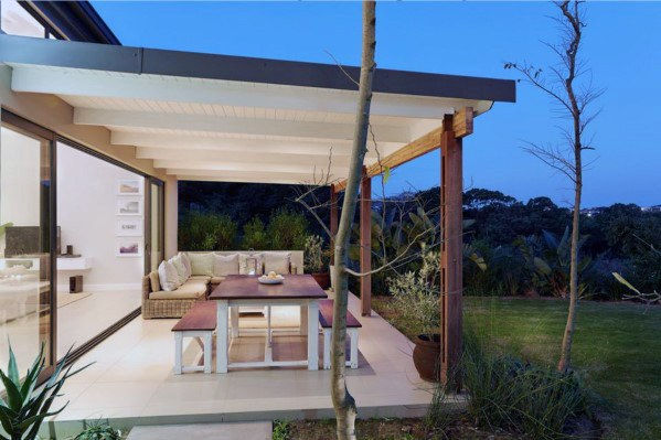 Apply The Patio Roof To Get The Elegant Look For The House