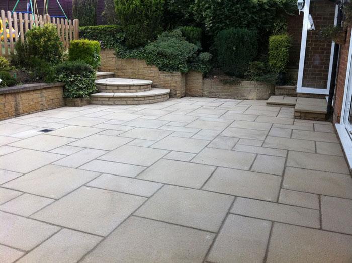 Saxon Textured Garden Paving   Marshalls.co.uk