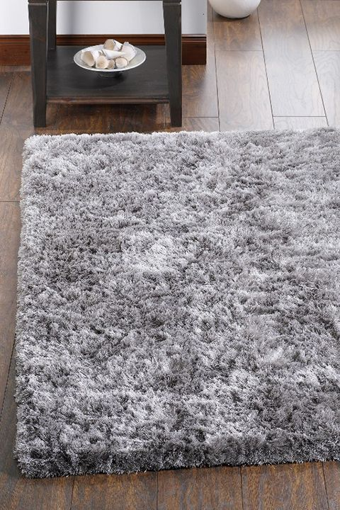 Shaggy Rugs Should Be In The   Top List Of Must Haves