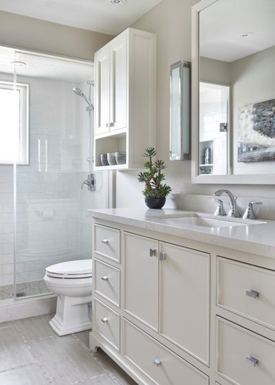 Before and After: 9 Small-Bathroom Makeovers That Wow