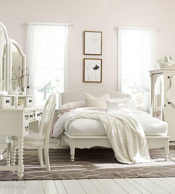 54 Amazing All-White Bedroom Ideas | The Sleep Judge