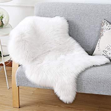 Amazon.com: HAOCOO Faux Fur Rug White Shag Fuzzy Fluffy Sheepskin