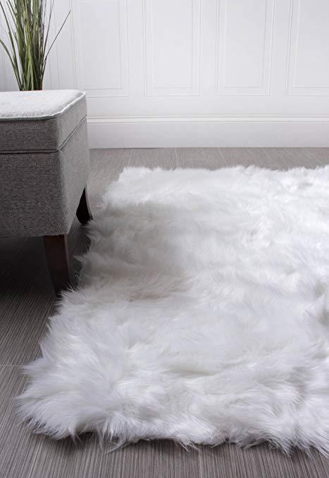 Amazon.com: Super Area Rugs Soft Faux Fur Sheepskin Shag Silky Rug