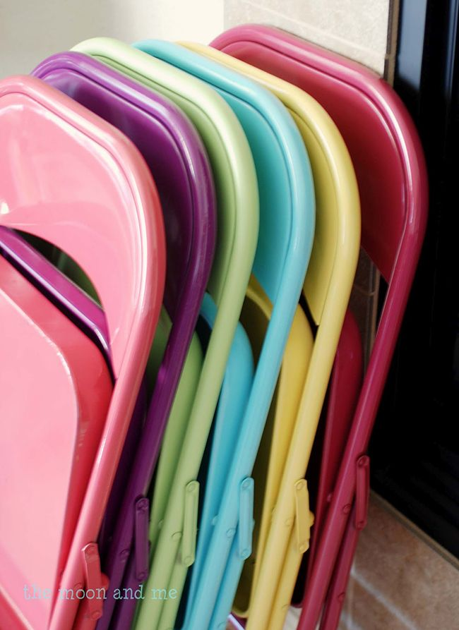 How to make over your folding chairs with spray paint