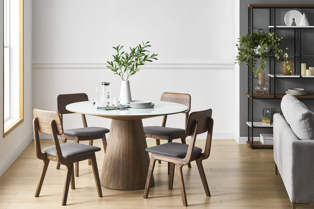 The Benefit of Round Dining Table